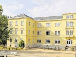 Tradition seit 140 Jahren: Das Haus N erstrahlt nun wieder in neuem Glanz. Foto: Sabine Hunger