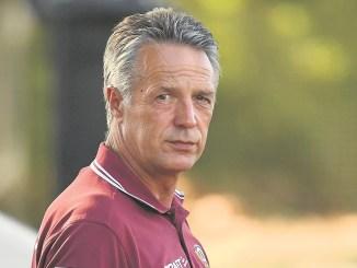 Hatte in den vergangenen Wochen der Sommervorbereitung offensichtlich Probleme, die neue Mannschaft zu formen: Dynamos Ex-Trainer Uwe Neuhaus.