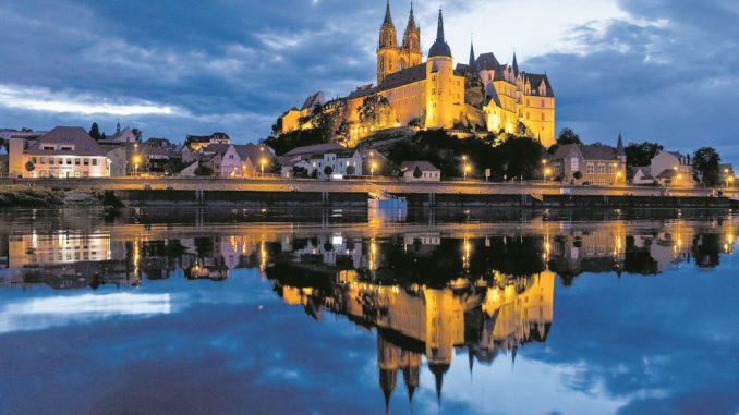 Majestätisch thront Schloss Albrechtsburg hoch über Meissen und lädt kleine Ritter und Burgfräuleins zur Abendführung ein. (Foto: dpa)