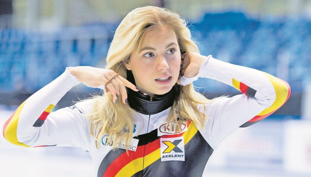 Anna Seidel zurück auf dem Eis