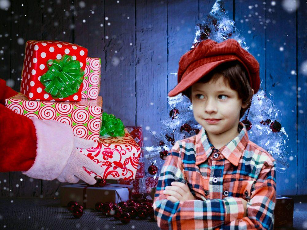 Weihnachten im Schuhkarton - Jetzt noch Geschenke für Kinder in Not spenden