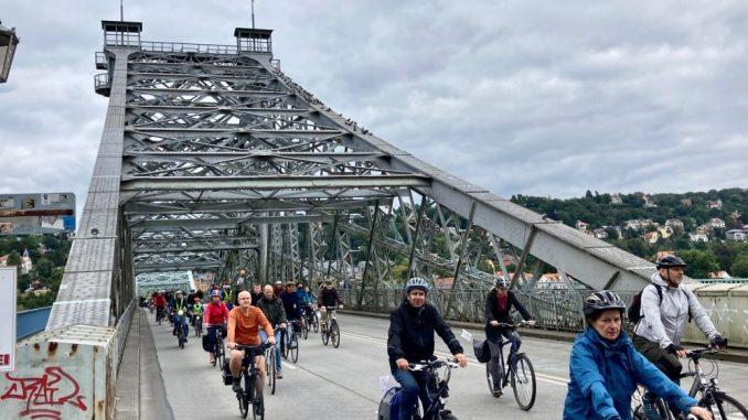 Über 1.000 Radfahrer bei der ADFC-Radsternfahrt