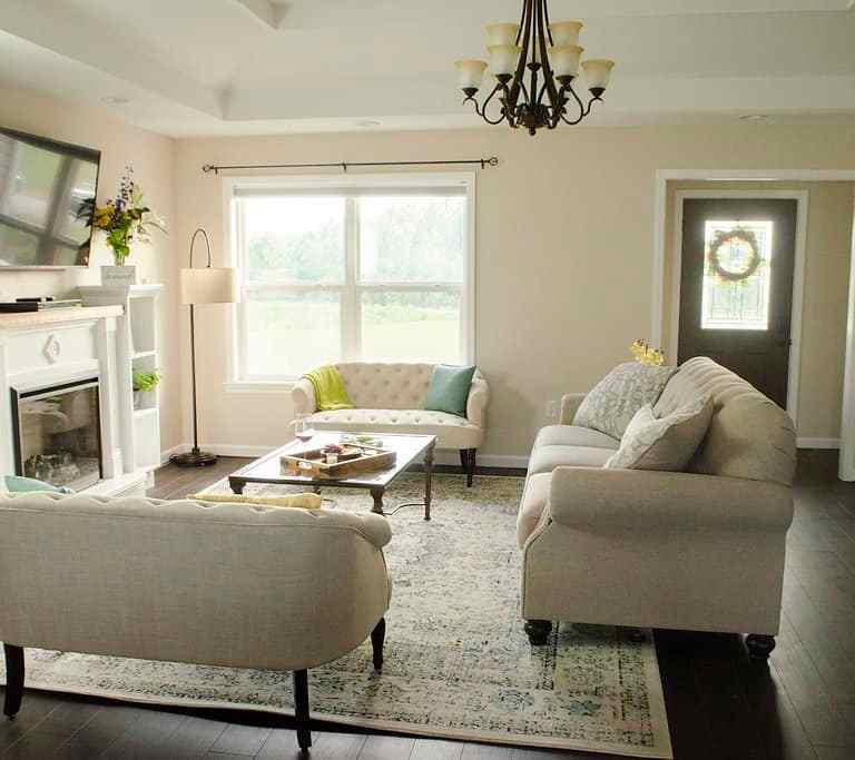 Dawson Retreats near Missouri star quilt co hotel villa living room