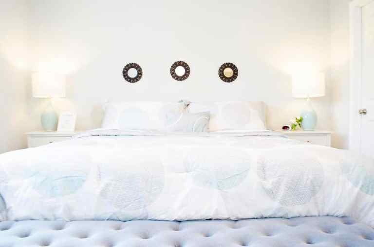 Dawson Retreats near Missouri star quilt co hotel townhome bedroom