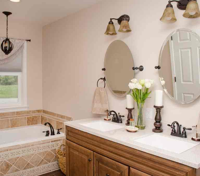 Dawson Retreats near Missouri star quilt co hotel villa bathroom