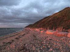 Den gamle kystbeskyttelse slået til pindebrænde