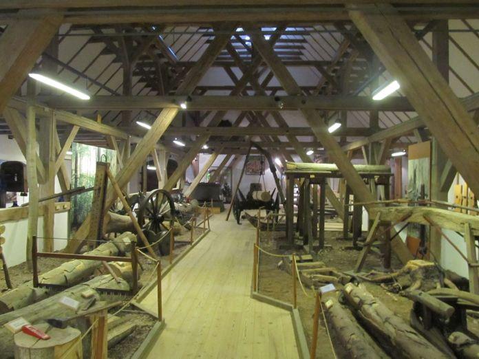 Jagt- og Skovbrugsmuseet viser tømmer-proces gennem tiderne