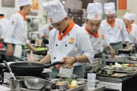 thi nghề nấu ăn ở tphcm