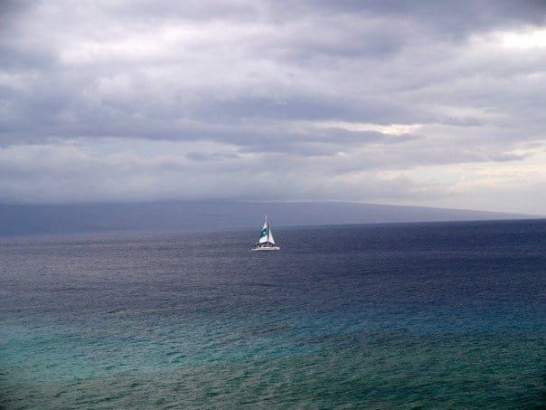 maui-boat