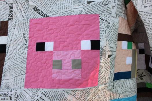Pink pig Minecraft quilt block.