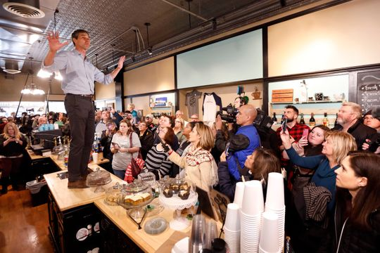 Beto on the table in Iowa