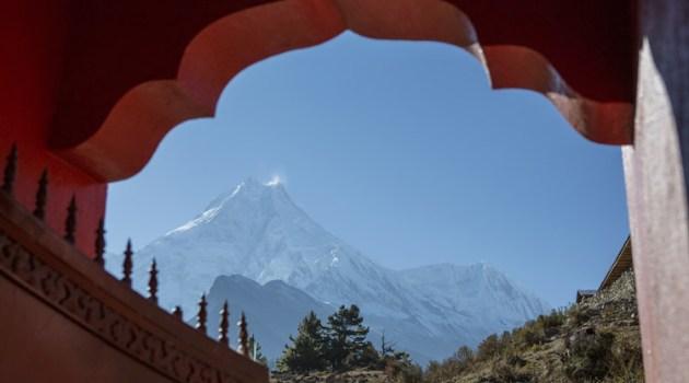 Capricorn climbs the mountain - January Astrology 2020