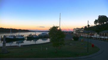 Early morning in Strahan