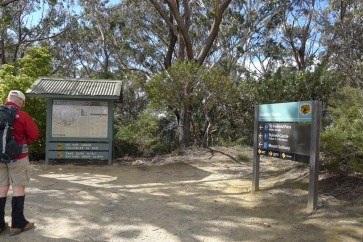 NSW NPWS signs at top of Golden Stairs