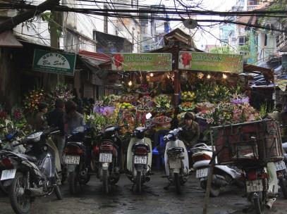 Street scenes Hanoi