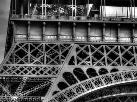 eiffel tower bw 2