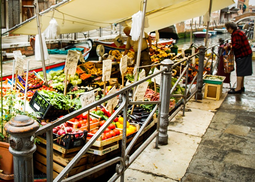 Fruit-and-vegetable-venice-style