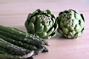 Artichoke and Asparagus Month - Which fruits are in season in Australia this month?