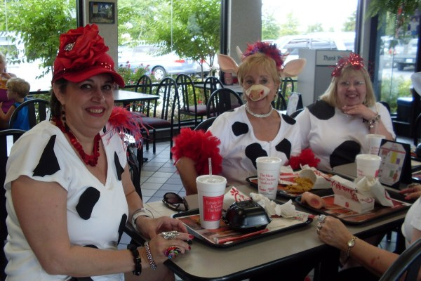 "What does ""Head to Hoof"" mean for the chickfila cow appreciation day?"