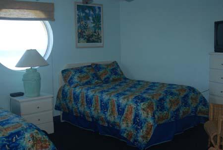 Hawaiian Inn Resort - Oceanfront Bedroom View