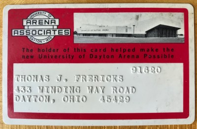Image of Tom Frericks' own Arena Associate Card.