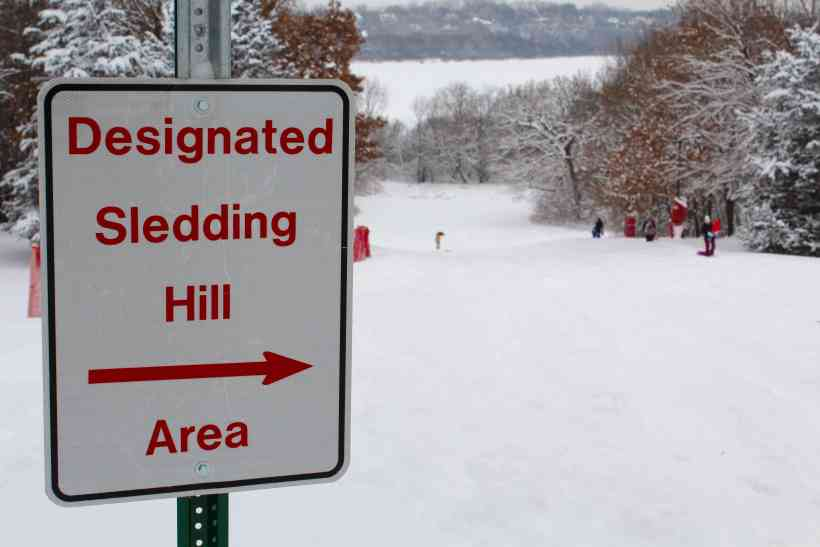 10 of the Best Sledding Hills in the Twin Cities