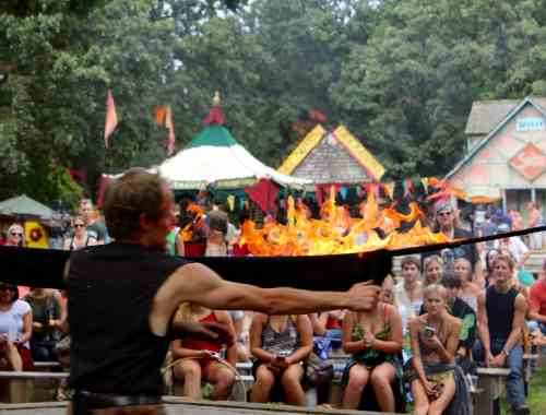 Tuey the Juggler at the MN Renaissance Festival