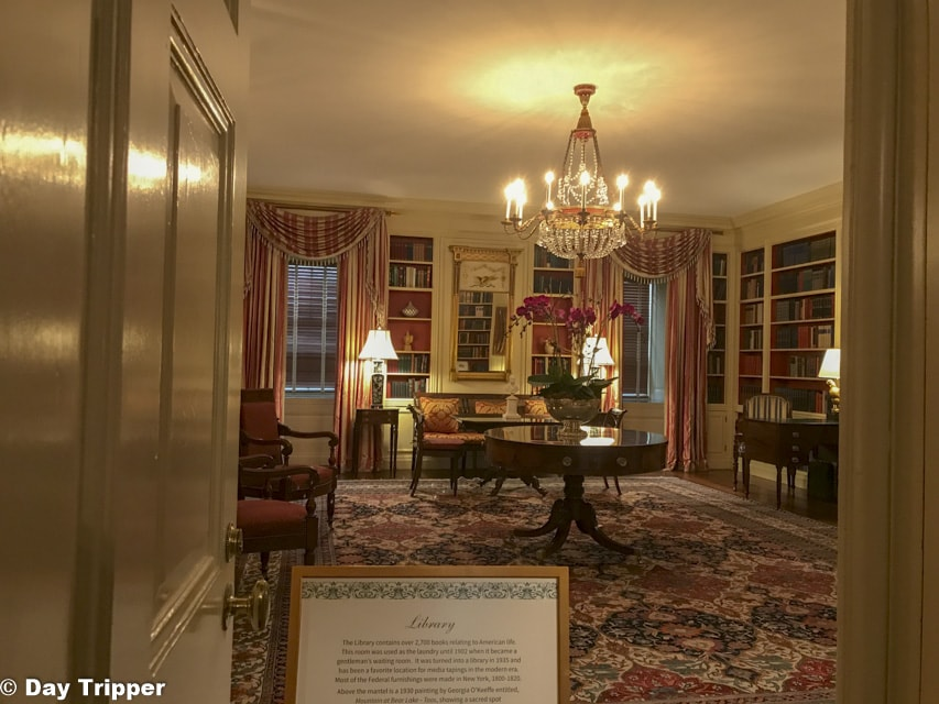 The White House Library