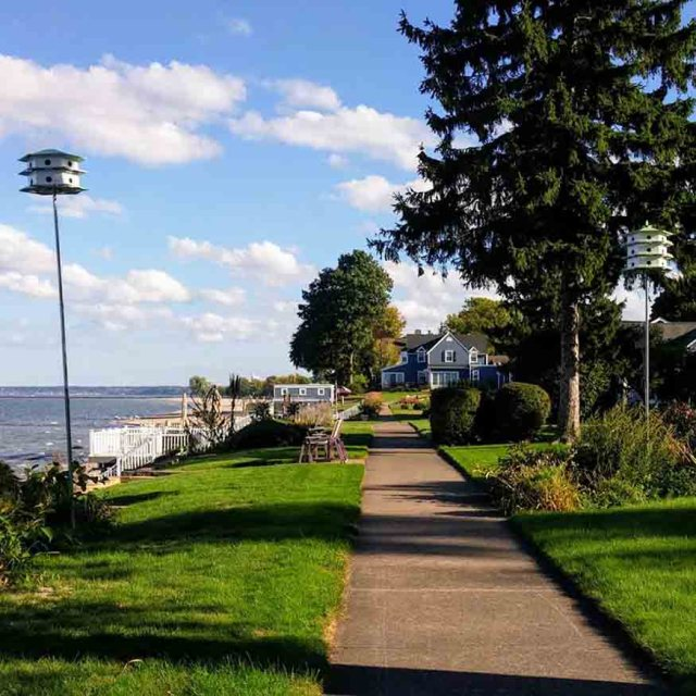30 day trips within 30 minutes of Rochester: Rochester Hidden Sidewalk