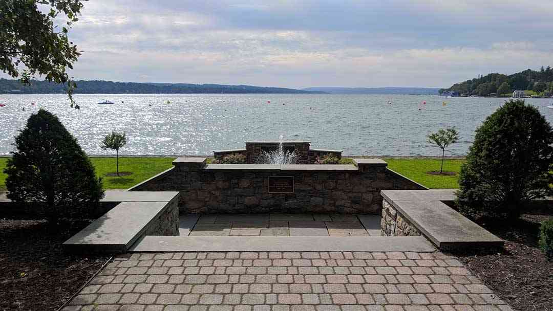 Skaneateles Lake One Of New Yorks 11 Finger Lakes Day Trips