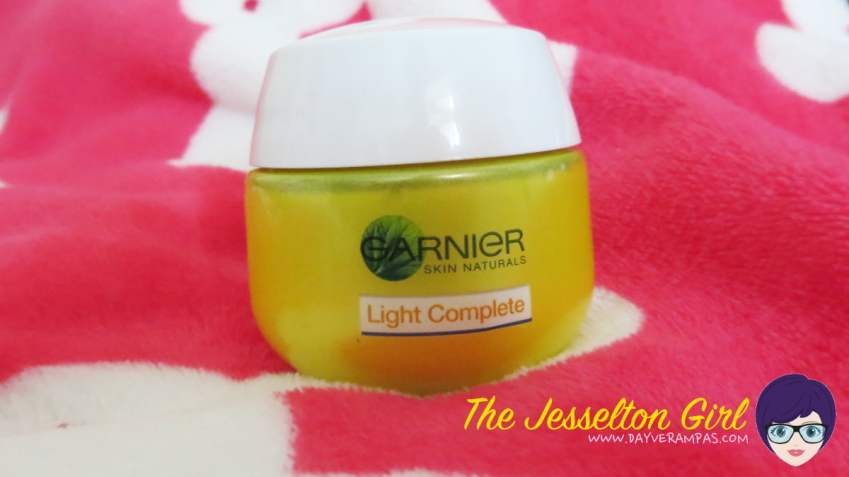 Garnier Light Complete Night Restore Cream