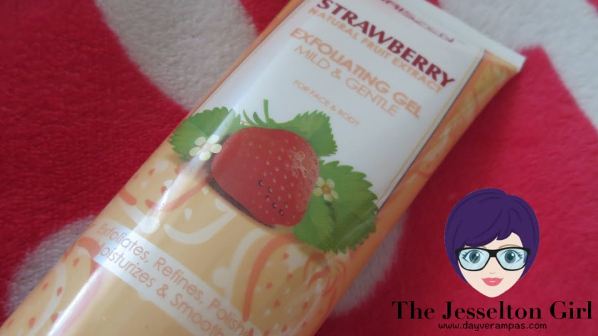 The Jesselton Girl Review: Chriszen Strawberry Exfoliating Gel Mild & Gentle