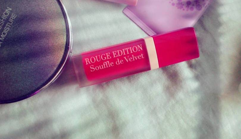 The Jesselton Girl Beauty: Bourjois Rouge Edition Souffle de Velvet Lipstick