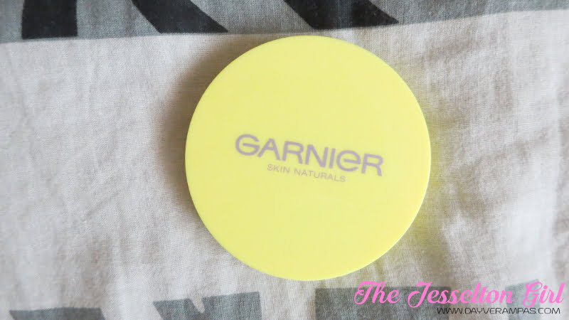The Jesselton Girl Beauty: Garnier Skin Naturals Visible Whitening Face Powder Lasting Shine-Free SPF18