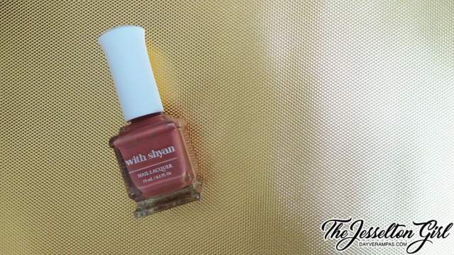 With Shyan Nail Laquer Solid Line in Hi Autumn