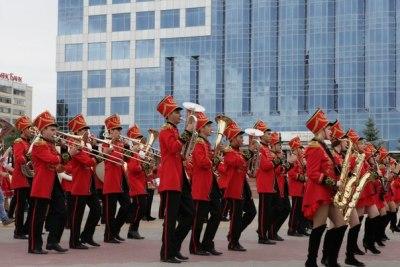 Праздничный парад фестиваля