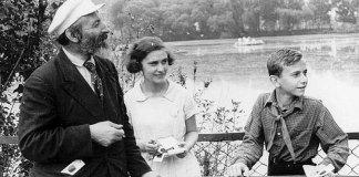 П.А.Мантейфель с юннатами у Большого пруда.