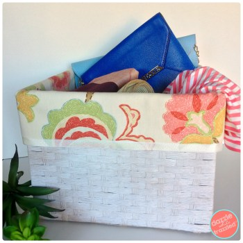 Store your stuff in the closet in DIY no sew pretty fabric storage baskets.