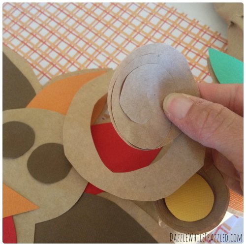 How to Make a Thanksgiving Turkey Wreath from a Brown Paper Bag | DazzleWhileFrazzled.com
