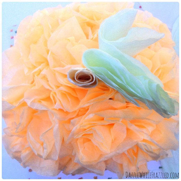 Turn $2 of dyed coffee filters into a DIY pumpkin home decor | DazzleWhileFrazzled.com