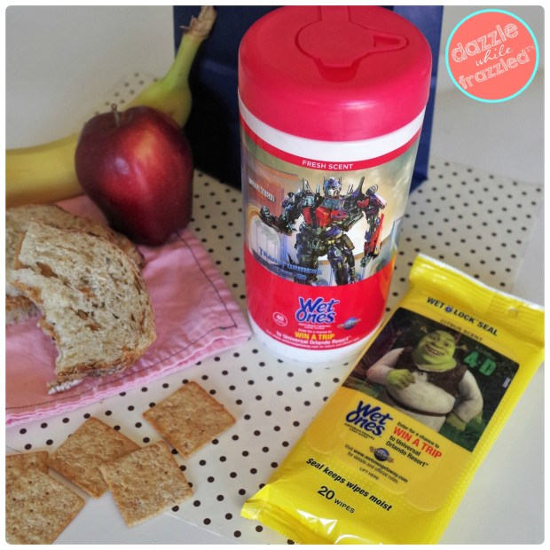 Put fun germ free lunch box notes in kids school lunches | DazzleWhileFrazzled.com