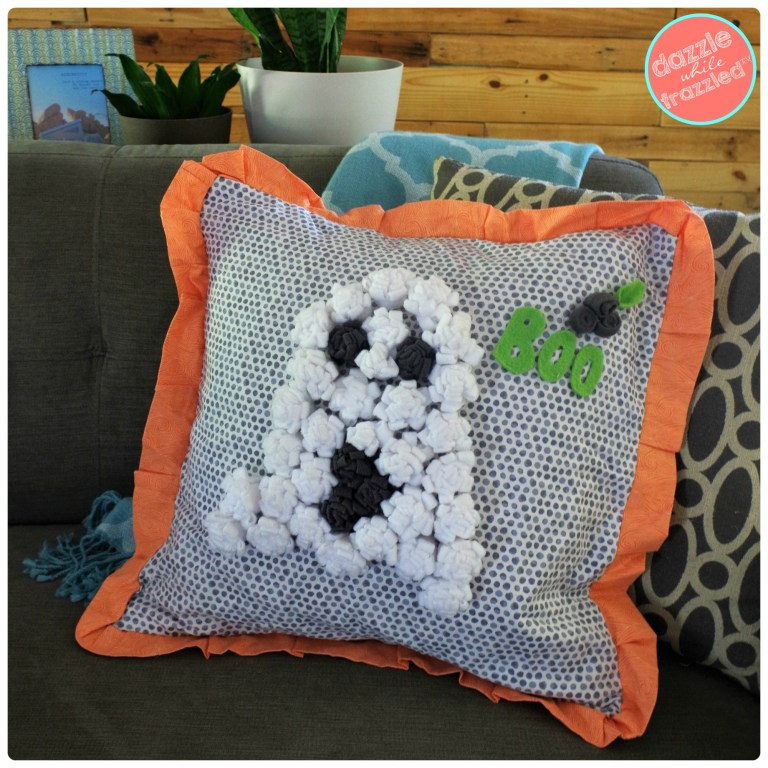 Use fleece to make an easy ghost Halloween throw pillow | DazzleWhileFrazzled.com