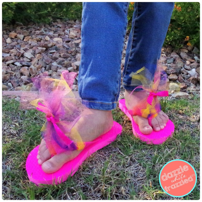 Show off your troll style with DIY troll hair flip flops inspired by Poppy from movie Trolls. 3 step easy craft for kids to make this summer.