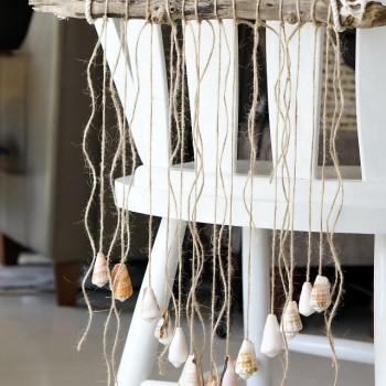 How to make a boho seashell door hanger with rope and driftwood.