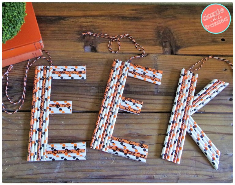 EEK! How to make Halloween wall hanger or door decor with Halloween paper party straws.