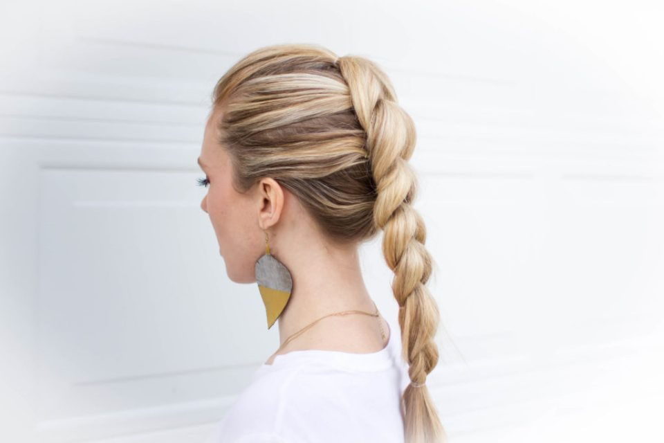 How To Pull Through Braid An Easy Beginner Hairstyle Dazzling