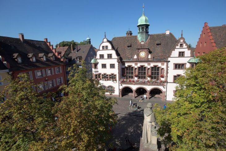 Neues Rathaus (Ayuntamiento Nuevo) | Turismo de Friburgo