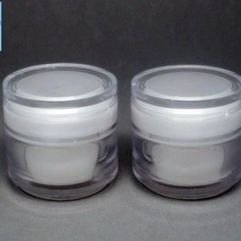 กระปุกพลาสติก kE15-A 15g ขาว