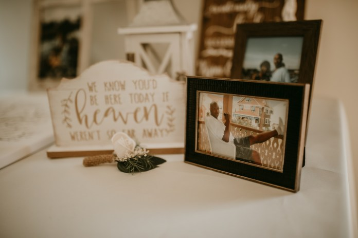 Photos of the bride's father