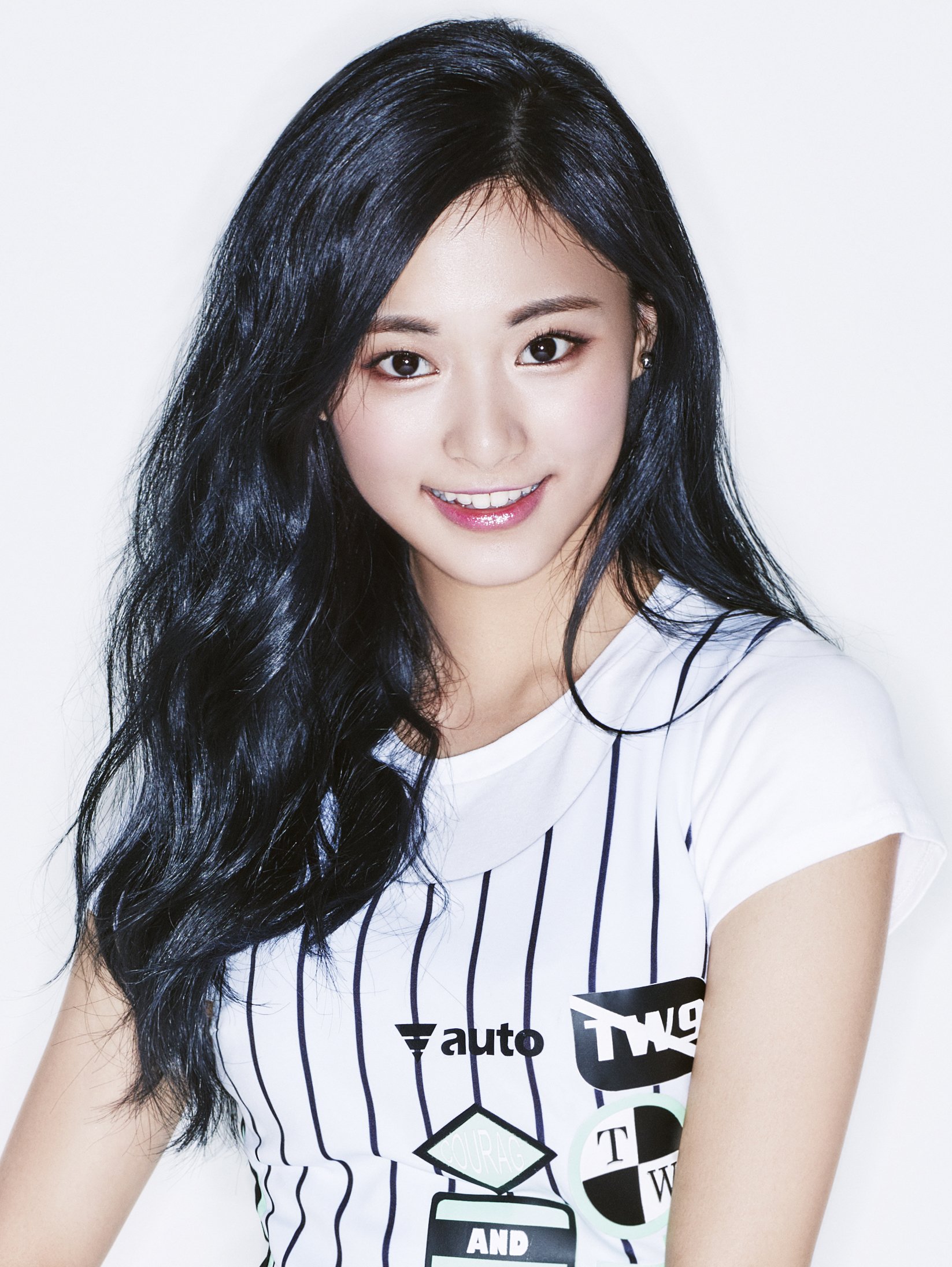 Tzuyu Twice Profile K Pop Database Dbkpop Com